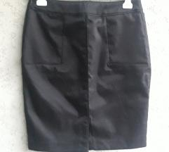 Crna svilenkasta suknja, H&M (high waist)