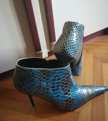 Duboka elegantna cipela