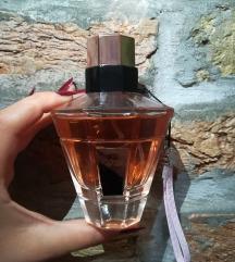 UPDO Chic Linn Young parfem