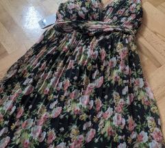 Dugacka plisirana haljina Novo