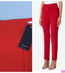 RESERVED crvene pantalone nove