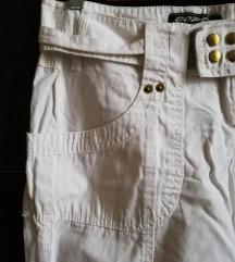 Bele letnje pantalone M - S