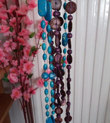 Dve duge ogrlice