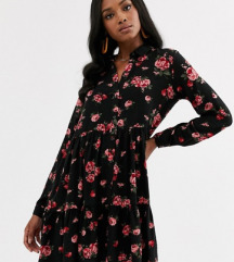 Nova stradivarius crna cvetna haljina