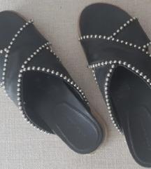Zara kozne papuce