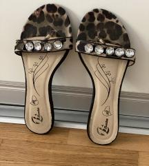 Zenske papuce Bata