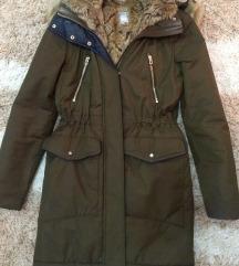 Zara jakna sa krznom