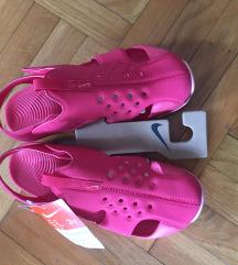 NOVE Nike sandale za devojčice