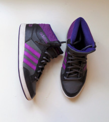 Adidas 39 (25cm)
