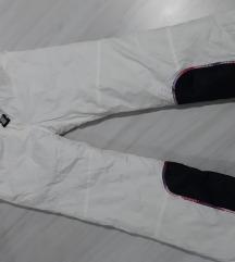 Ski pantalone vel. XL - kao nove