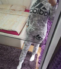 Adidas trenerka DEBLJA🌹