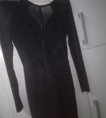 Crna mala haljina