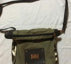 Prelepa Zelena torba