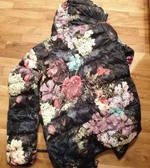 Topla zimska jaknaSNIZENO