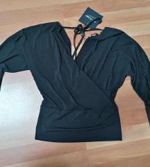 Crna elegantna bluza