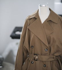 Oversized HM trenchcoat, vel. S