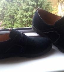 Clarks crne kožne cipele 39 snizeno 800 din