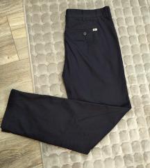 Pantalone muske Vel.34 L/XL Lacoste