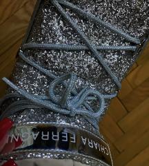 Original cizme Chiara Ferragni snizene na 12000