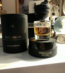Snizz 7000 Masque Milano Times Square