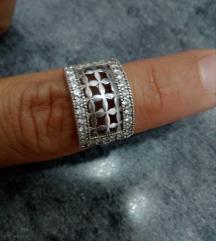 Srebrni prsten kao nov