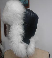Kapa od polarne lisice