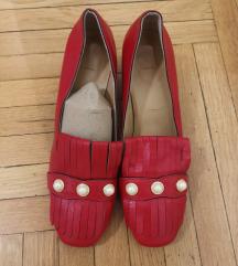 Crvene kozne cipelice