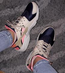 Nike Huarache❤ 25cm unutrasnje gaziste