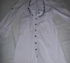 Bela bluza sa karnericima