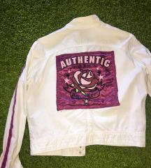 Unikatna jaknica sa aplikacijom gornjak
