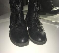 Polu duboke cipele-  SUPER PONUDA