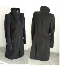Sivi kaput Zara