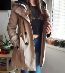 Zimski kaput krem boje M-L