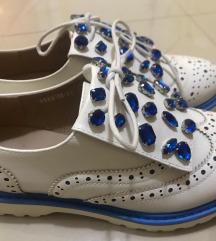 Prolecne nove cipele