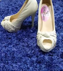 Cipele sa otvorenim prstom Novo