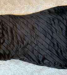 Crna satenska haljina sa karnerima