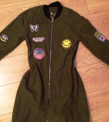 prolecna/ letnja tanka jakna. NOVO!