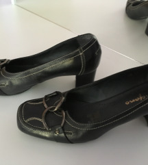 Tamno-teget kožne ženske cipele