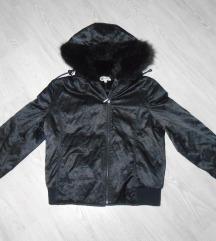 Predivna crna Y trend jakna sa krznom, nova %%%