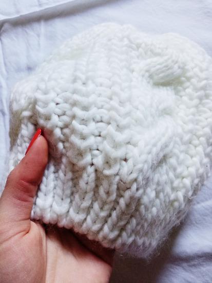 Kapa bela zimska