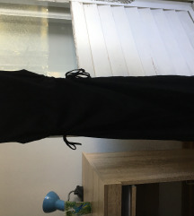 Crna tesna midi haljina AKCIJA 600
