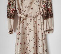 Vintage šivena haljina