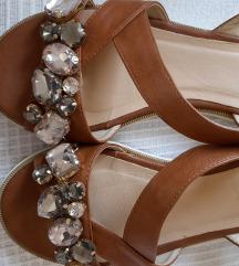 Kozne BATA sandale br.38