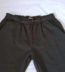 Zara pantalone ***
