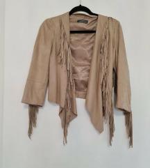Bershka jaknica sa resama