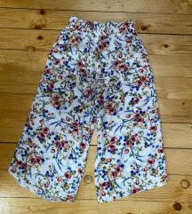 Beneton nove pantalone