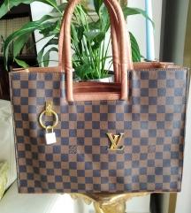 Louis Vuitton tasna replika
