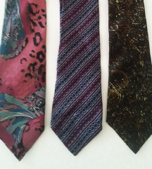Retro kravate po 150 din