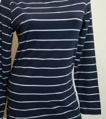 majica ODLICNA novo  M-40-42 (229)