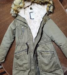Bershka zimska jakna